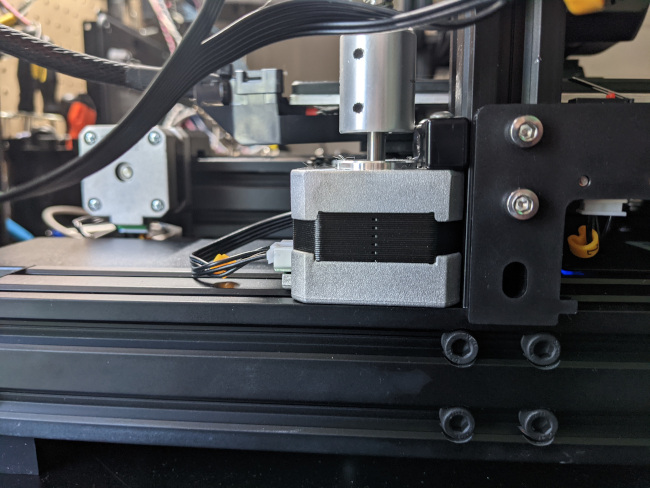 z-axis of the 3d printer stepper motor flush with the frame